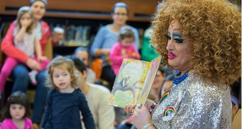 drag queen story